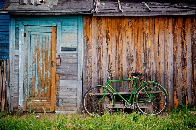 shed green bike